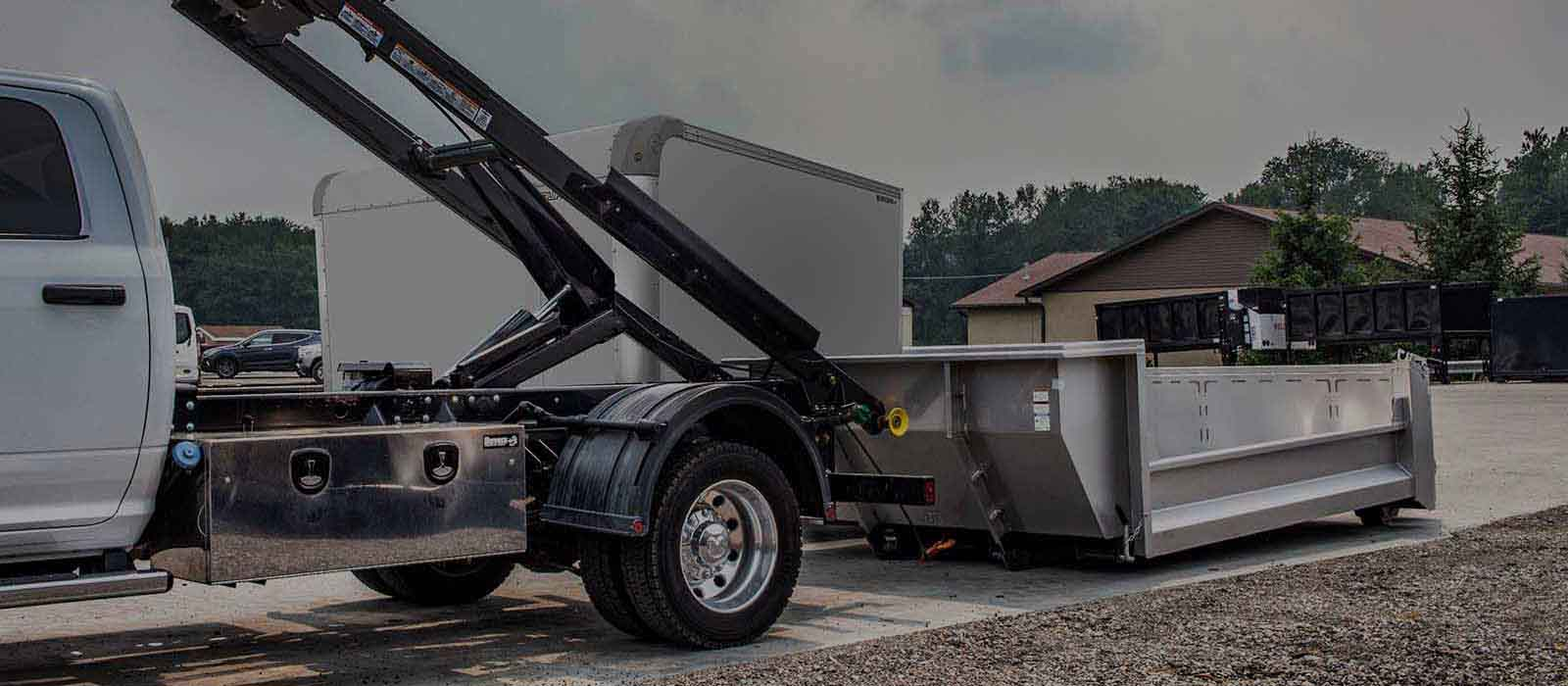 Match your fleet to your business with interchangeable truck bodies to service almost every industry with solutions in Stainless Steel, specialized equipment upfits, and more.